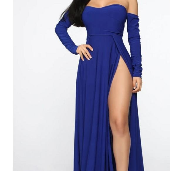 Elegantly Fab Off Shoulder Maxi Dress